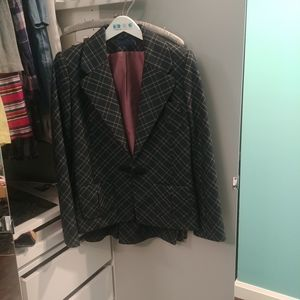 Givenchy vintage suit size 12 in EUC